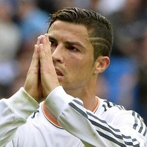 : Cristiano Ronaldo inova após gol e pede desculpas por má atuação