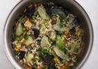 Lámen com caldo de peixe oriental