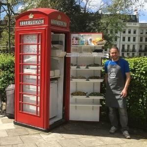 A cabine telefônica da Spier's Salads em Londres, na Inglaterra