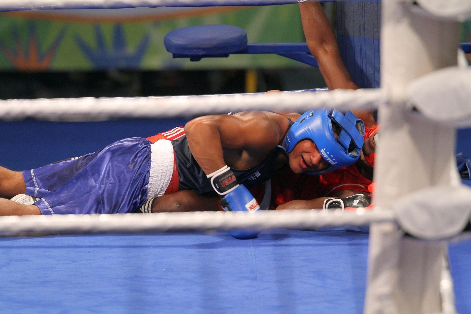 Yamaguchi Falcão vai parar na lona junto ao cubano Julio Cesar La Cruz; brasileiro perdeu e ficou com a prata no Pan
