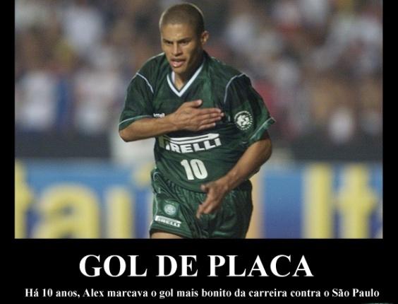 Corneta FC: Há 10 anos, Alex marcava gol épico no Morumbi