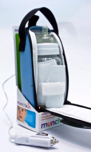 aquecedor de mamadeira para carro da Munchkin à venda na Feira do Bebê, Gestante e Criança (20/3/2012)