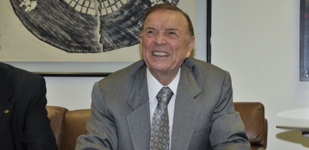 José Maria Marin assumiu o cargo no COL após renúncia de Ricardo Teixeira