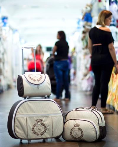 Malas da Adventure Baby à venda na Feira do Bebê, Gestante e Criança (20/3/2012)