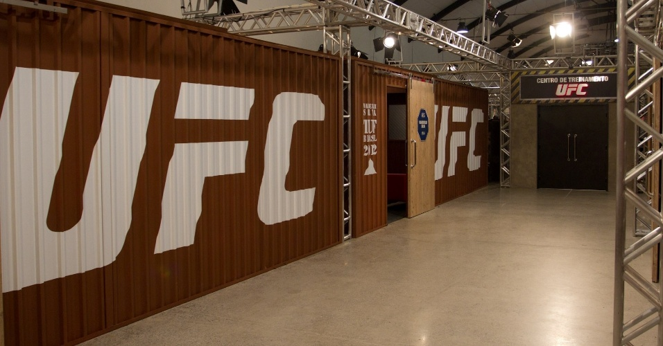 Na primeira edi&#231;&#227;o do reality show do UFC, o The Ultimate Fighter, lutadores v&#227;o ficar em uma grande mans&#227;o, com direito a muito luxo para o per&#237;odo de confinamento. O programa d&#225; dois contratos com o maior evento de MMA da atualidade