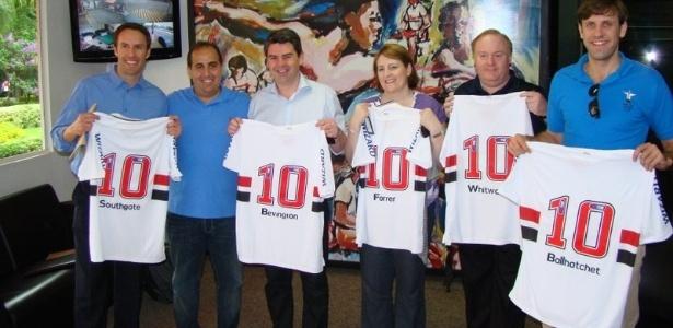 Membros da Federação Inglesa de Futebol visitaram CTs do São Paulo e do Palmeiras