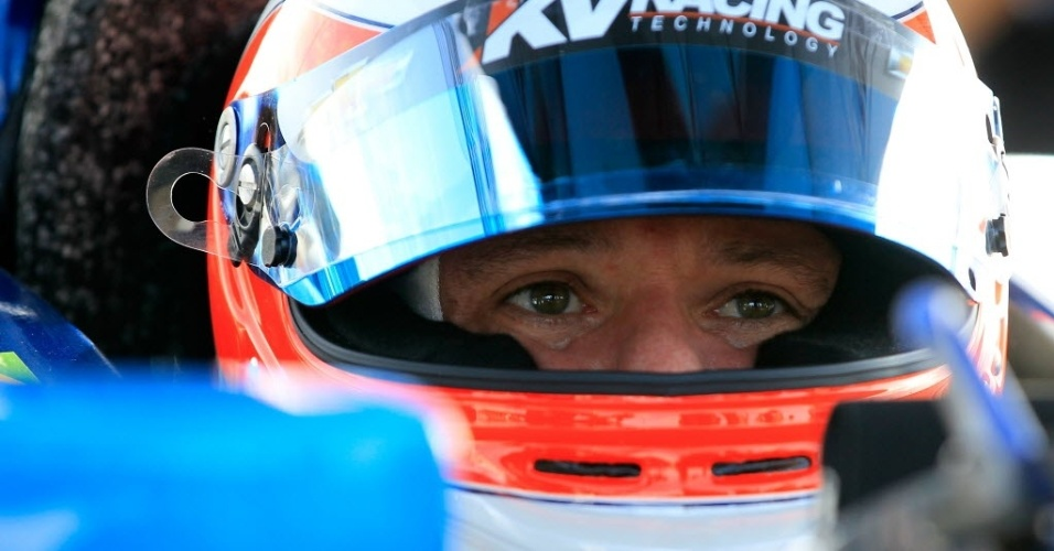 Rubens Barrichello fez o 14º tempo e, devido a uma punição, ganhou um posto e sai em 13º neste domingo