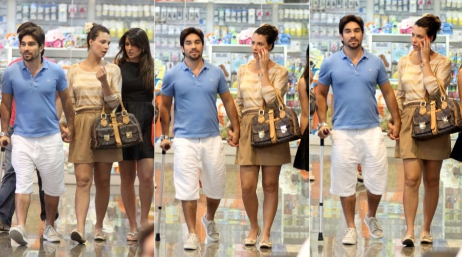 Camila Rodrigues passeia em shopping da zona oeste do Rio (25/3/2012)