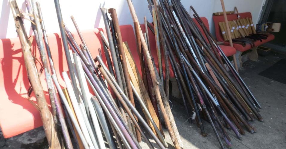 Polícia apreende barras de ferro e bastões de madeira usados na briga entre torcedores de Corinthians e Palmeiras