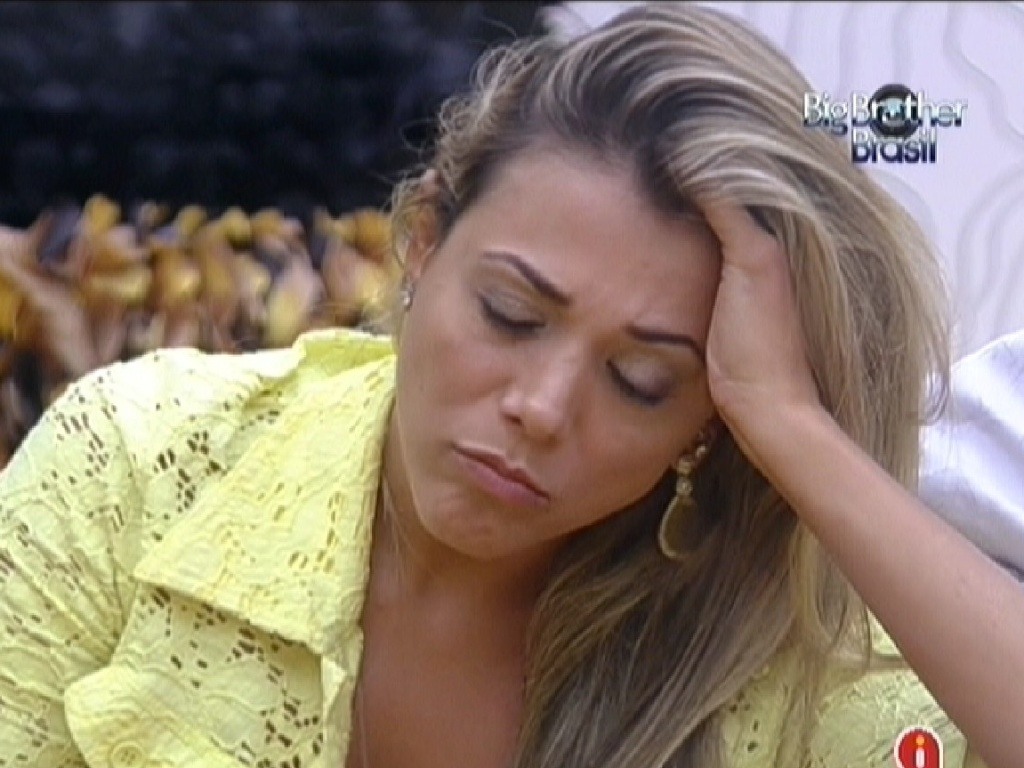 Fabiana disse que ficou surpresa com a eliminao de Kelly (26/3/12)