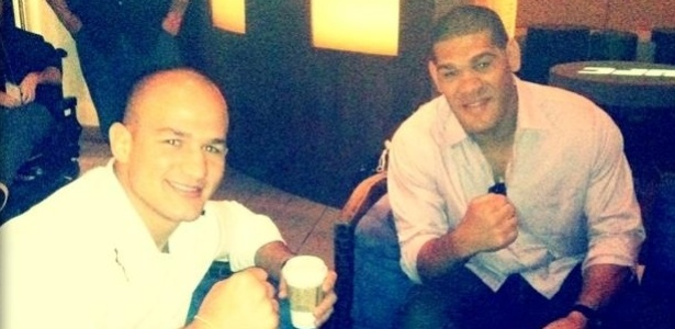 Júnior Cigano e Antonio Silva, o Pezão, antes de coletiva do UFC 146