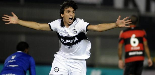 Zeballos é esperado no Rio nesta segunda-feira para acertar últimos detlahes com Botafogo