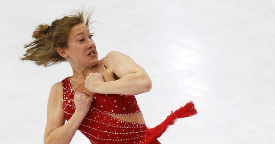 A irlandesa Clara Peters fez muitas caretas durante sua apresentação no Mundial de Patinação no Gelo, na França