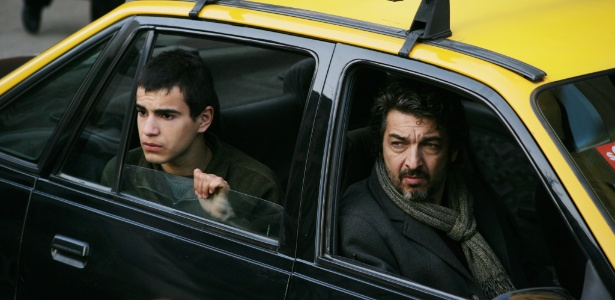 Abel Ayala e Ricardo Darín em cena de A Dançarina e o Ladrão, de Fernando Trueba