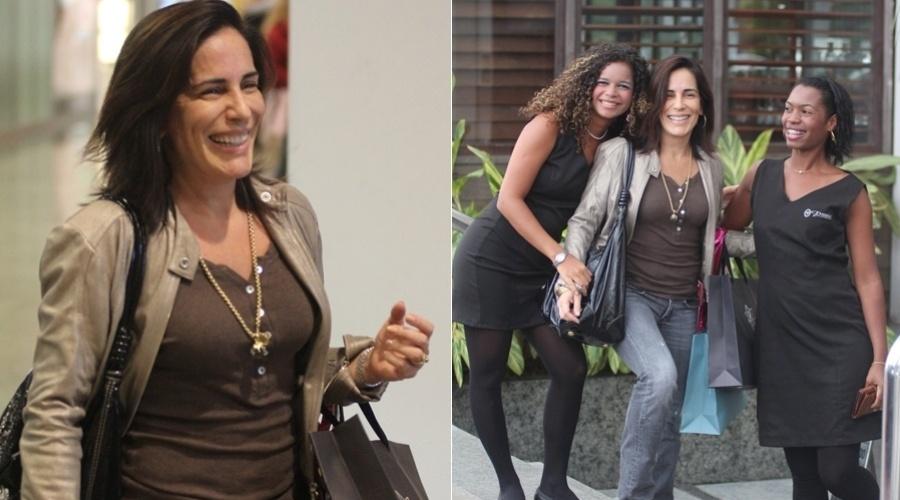 Gloria Pires passeia em shopping da zona oeste do Rio (29/3/2012)