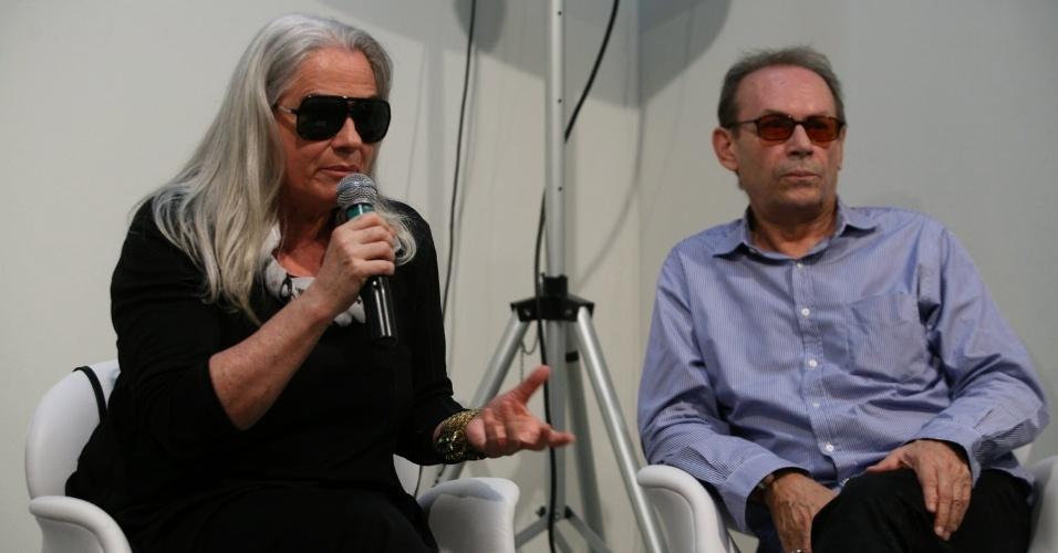 Vera Holtz e José Wilker participam de entrevista na 21° edição do Festival de Teatro de Curitiba. Os atores fazem parte a produção