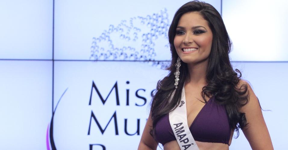 Miss Mundo Amapá, Larissa Costa. Candidatas a Miss Mundo Brasil 2012 desfilam de biquini durante o concurso, em Porto Alegre