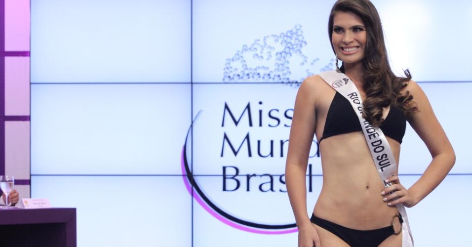 Miss Mundo Rio Grande do Sul, Andressa Mello. Candidatas a Miss Mundo Brasil 2012 desfilam de biquini durante o concurso, em Porto Alegre