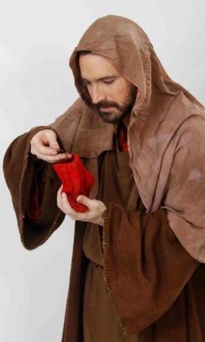 """Caco Ciocler caracterizado como Judas no show """"A Paixão de Cristo"""", que acontece em Nova Jerusalém, em Pernambuco"""