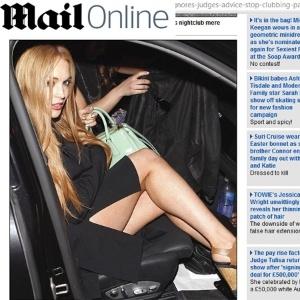 Lindsay Lohan é flagrada em uma boate em Los Angeles uma semana após sair de sua liberdade condicional (6/4/12)