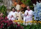 Bento 16 celebra Missa da Ressurreição diante de 100 mil pessoas - Maurizio Brambatti/EFE