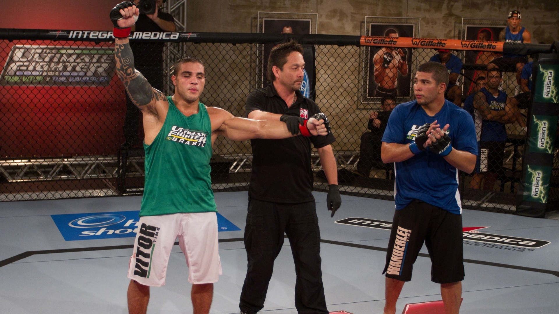 Daniel Sarafian comemora vitria e a vaga na semifinal do TUF Brasil