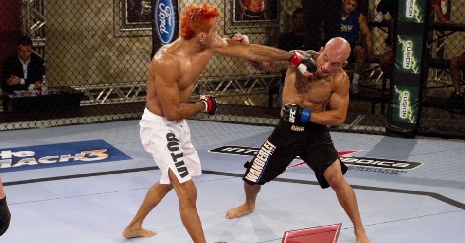 Godofredo Pepey atinge Galeto em sua vitória, atingindo a semifinal do TUF Brasil