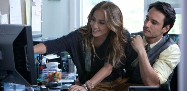 Jennifer Lopez e Rodrigo Santoro em cena do filme