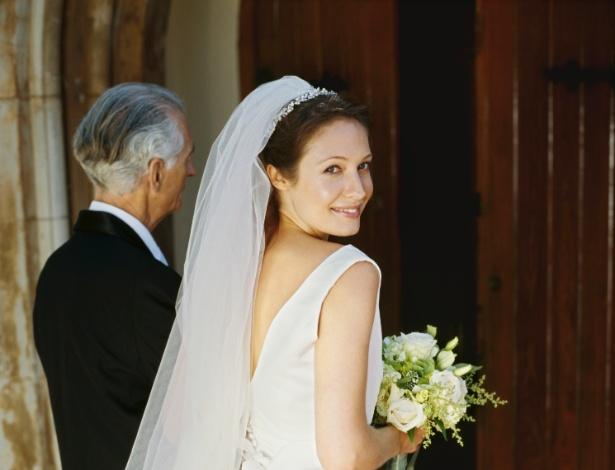 Entrada da noiva é parte importante da cerimônia e música deve estar à altura do momento