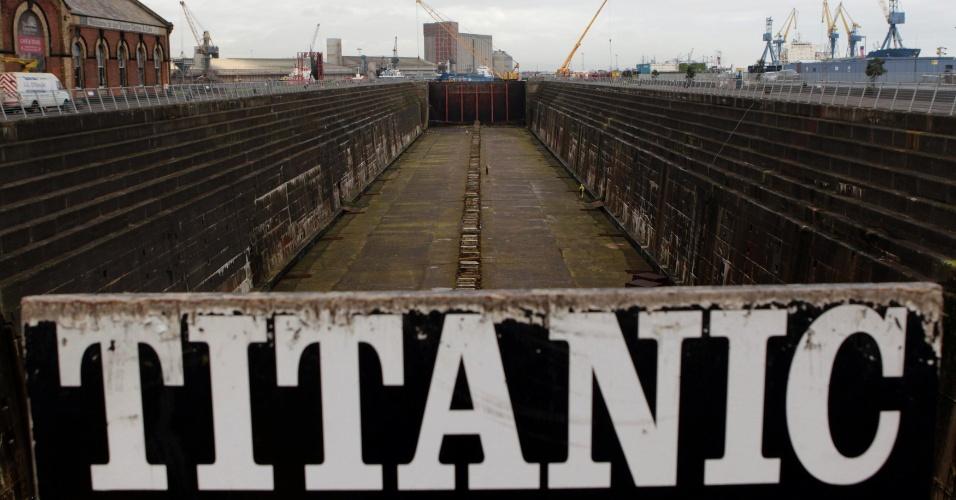 Foto mostra doca em que o Titanic foi construído em Belfast, na Irlanda do Norte