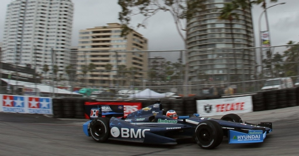 Rubens Barrichello durante os treinos livres de sexta em Long Beach