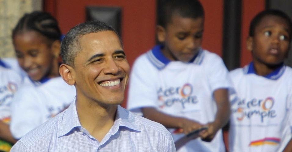 Barack Obama, presidente dos Estados Unidos, participa de cerimônia na Colômbia de entrega de título de terras para a comunidade de São Basilio de Palenque, considerada o povo negro mais antigo das Américas, e aos habitantes da população pesqueira de La Boquilla