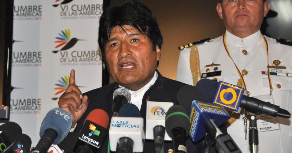"""Em coletiva de imprensa durante a 6ª Cúpula das Américas, em Cartagena, na Colômbia, o presidente boliviano, Evo Morales, declarou que existe """"uma rebelião da América Latina contra os Estados Unidos"""" devido ao """"veto"""" deste país a participação de Cuba no encontro"""