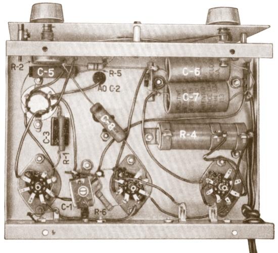 Desenho  ilustrativo do curso de rádio técnico monitor da década de 1950