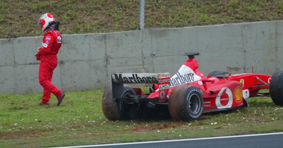 Na 47ª volta do GP do Brasil de 2003, Rubens Barrichello teve de abandonar enquanto liderava por conta de uma pane seca em sua Ferrari. Ele nunca venceu em Interlagos