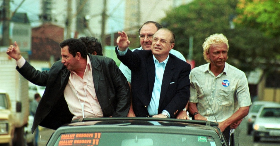 Biro Biro já foi candidato a deputado estadual pelo partido de Paulo Maluf (24/09/02)