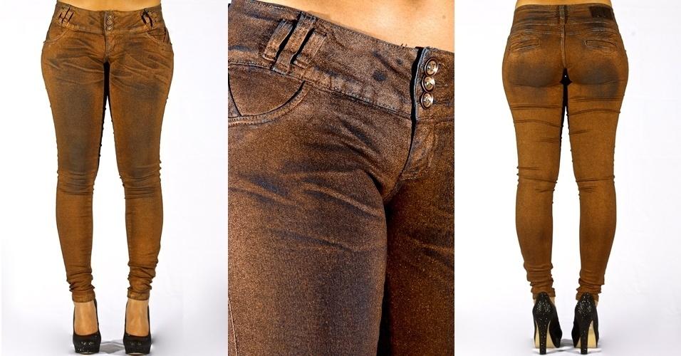 Calça jeans blue legging com lavagem cobre; R$80,00 na Sawary  (www.sawary.com)