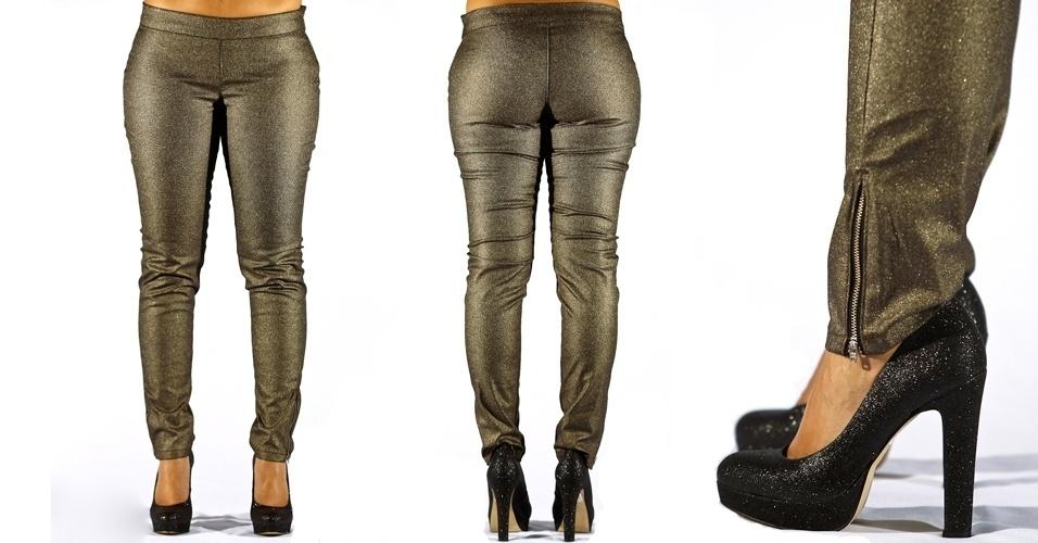 Calça jeans skinny dourada  alfaiatada com detalhe de zíper; R$99,90 na Renner  (Tel.: 4003-3777)