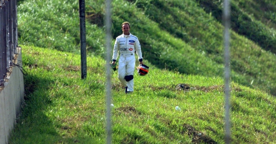 No GP do Brasil de 1999, Barrichello largou em terceiro lugar pilotando uma Stewart e chegou a liderar por mais de 20 voltas, mas seu motor estourou na 42 volta e ele voltou a p para os boxes