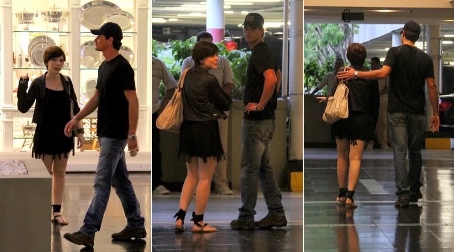 Ex-BBB Fael circula por shopping do Rio acompanhado da atriz Bia Arantes (18/4/2012)
