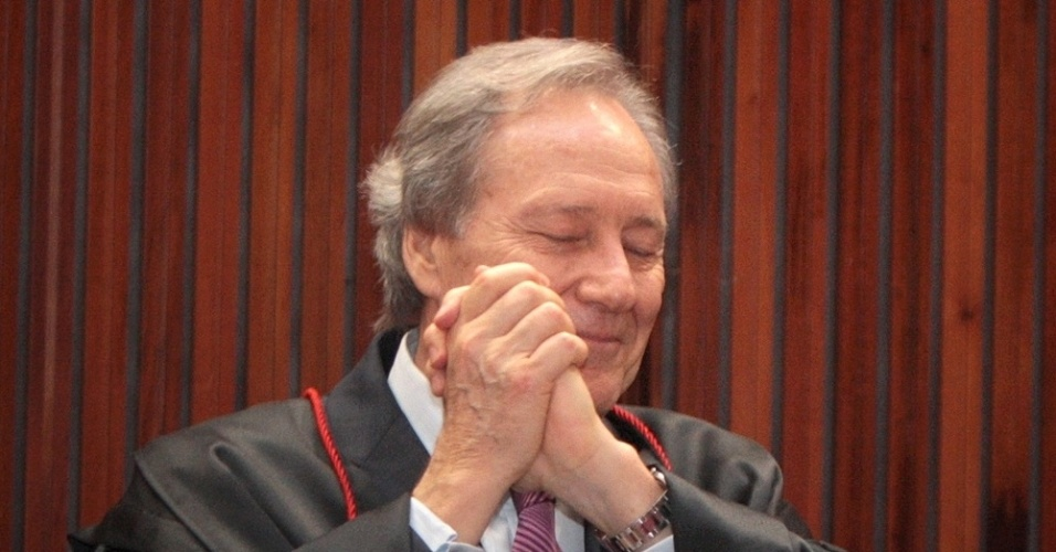 Ministro do STF (Supremo Tribunal Federal) Ricardo Lewandowski agradece homenagens feitas a ele durante a &#250;ltima sess&#227;o jurisdicional presidida por ele no TSE (Tribunal Superior Eleitoral), ontem (17), em Bras&#237;lia