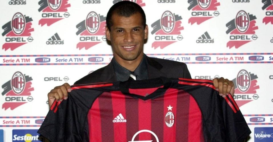 Rivaldo se apresenta ao Milan (2003)
