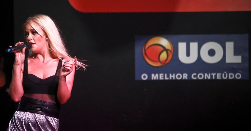 A cantora Lorena Simpson animou a plateia