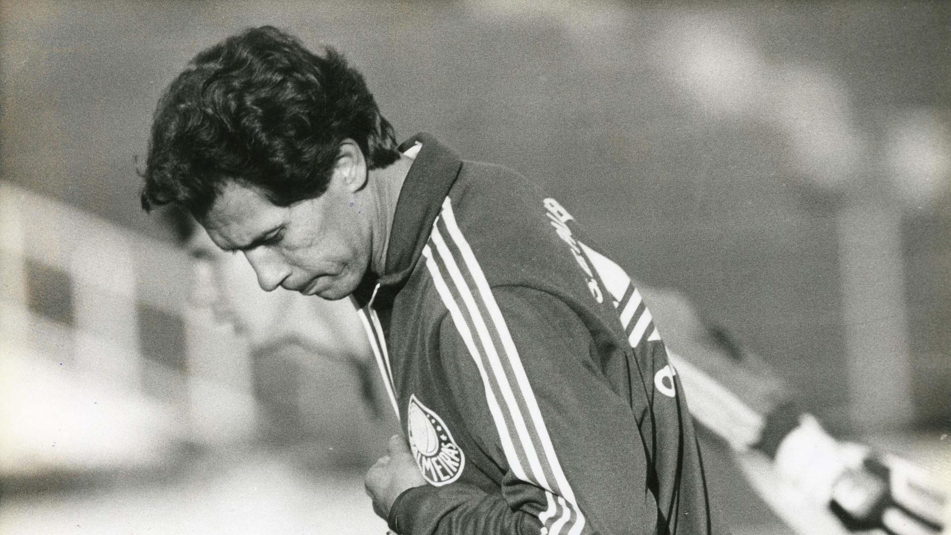 Leão quando técnico do Palmeiras em 1989