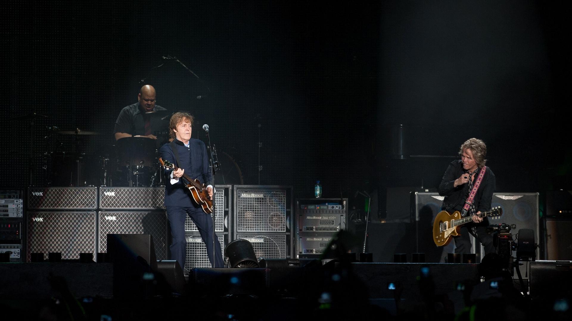 Paul McCartney se apresenta em Recife (21/4/2012)