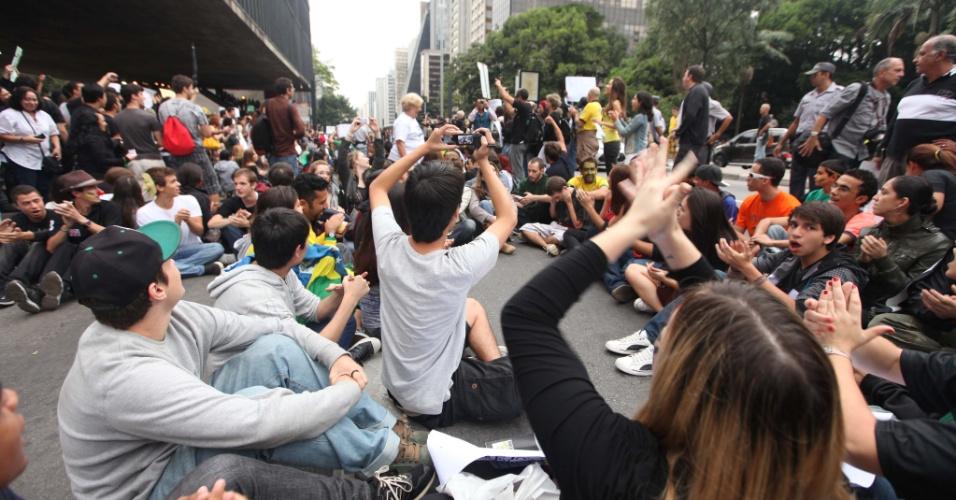 Paulistanos participaram da Marcha contra a Corrupção, em São Paulo