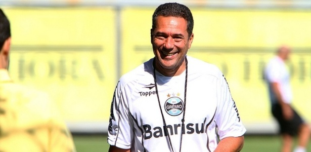 Luxemburgo &#233; um dos fatores que levam jogadores buscarem o Gr&#234;mio para trabalhar