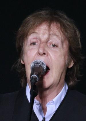 Paul McCartney durante apresentação em Recife, em abril