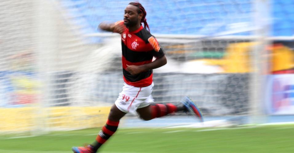 Vágner Love sai em comemoração de seu gol no Engenhão