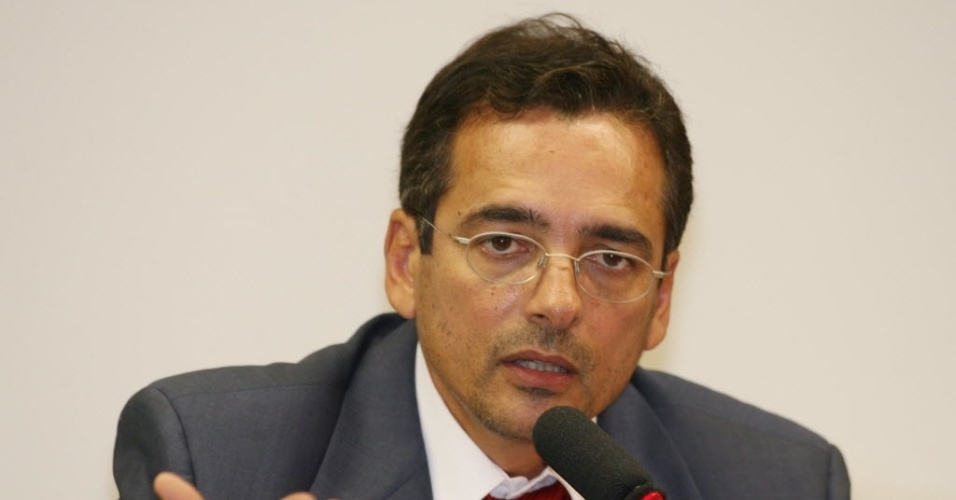 O deputado Protógenes Queiroz (SP) é ex-delegado da Polícia Federal e está em seu primeiro mandato. Ele é integrante da CPI